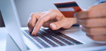 Thanh toán quốc tế bằng thẻ Visa,Master,Debit nên dùng ngân hàng nào
