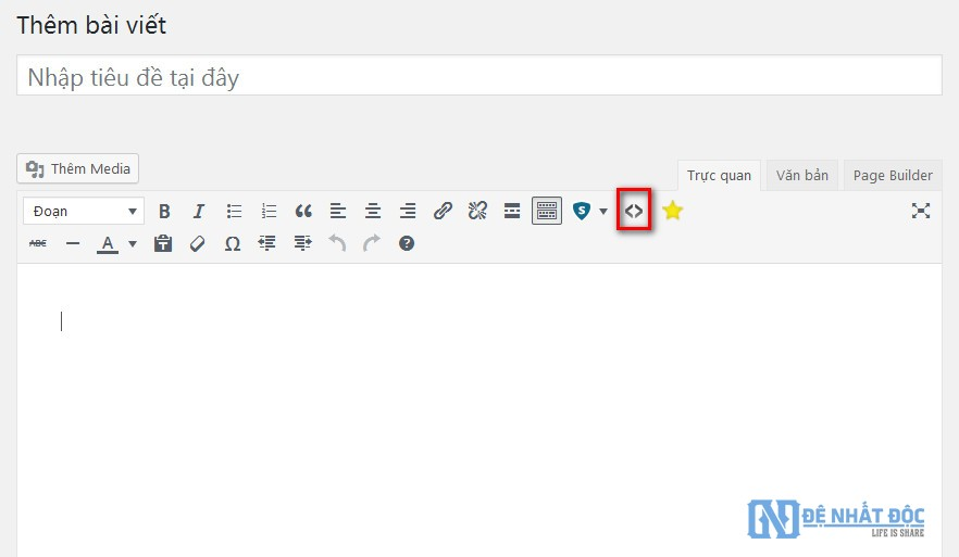 Click biểu tượng <> để chèn đoạn code