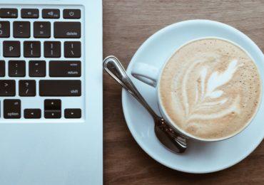 Bài học sương máu trong kinh doanh Cafe STARBUCKS