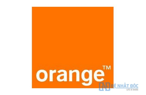 Công ty điện thoại di động Orange đã sử dụng màu cam cho thương hiệu và quảng cáo dựa trên chính màu sắc này